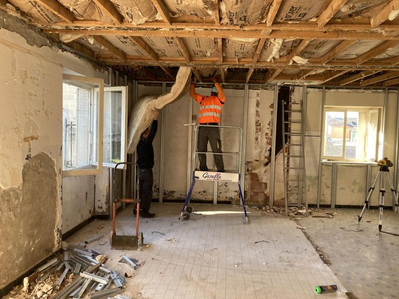 Réhabilitation de la maison Bidau réalisée par les employés communaux